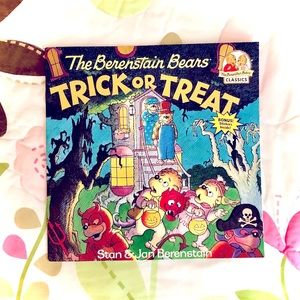 The Berenstain Bears 🐻 Trick or Treat Paperback